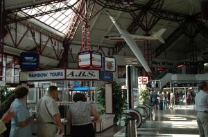 Hala odlotów Okęcie 2004 rok