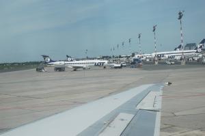 Okęcie - na płycie lotniska